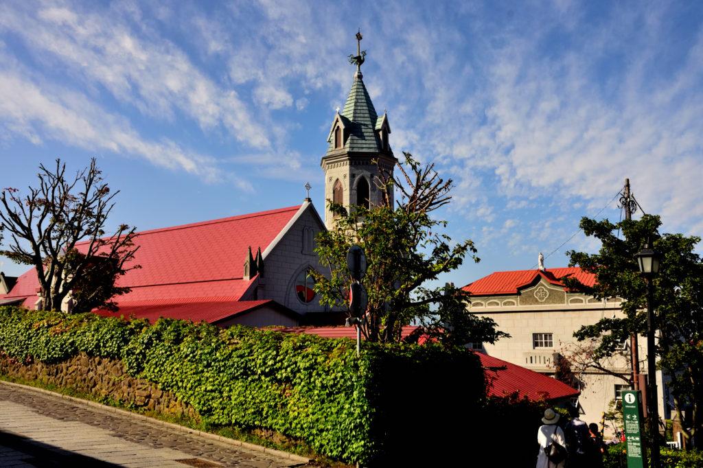 青い空と函館ハリスト正教会