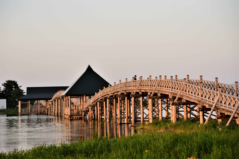 三連鼓の鶴の舞橋