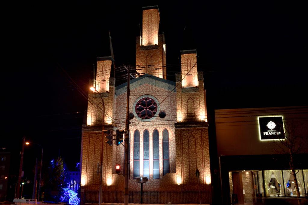 宮の森フランセス教会の三つの塔